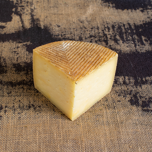 cuña queso manchego curado